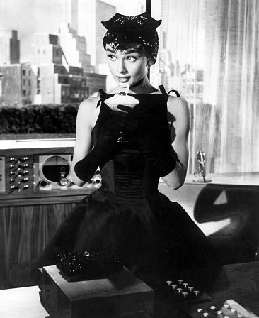 Abiti indossati da Audrey Hepburn 27127010