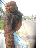 Chuyện lạ ở Kiên Giang: Người có 2 mái tóc Spggp010