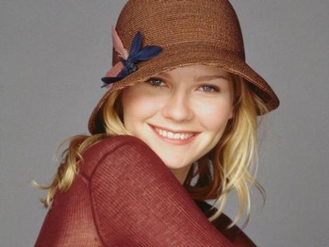 Top 10 - Les plus belles femmes Kirste10