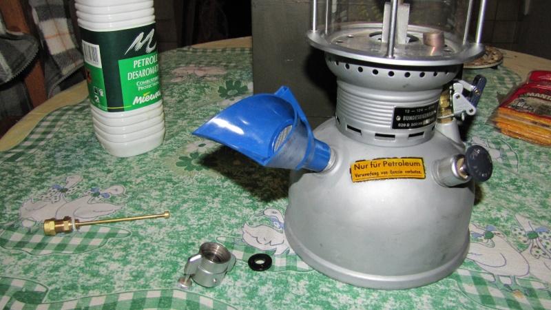 Eclairage : la lampe à pétrole Img_0125