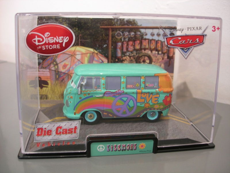 Disney Store Cars  - Page 3 Dscn0210
