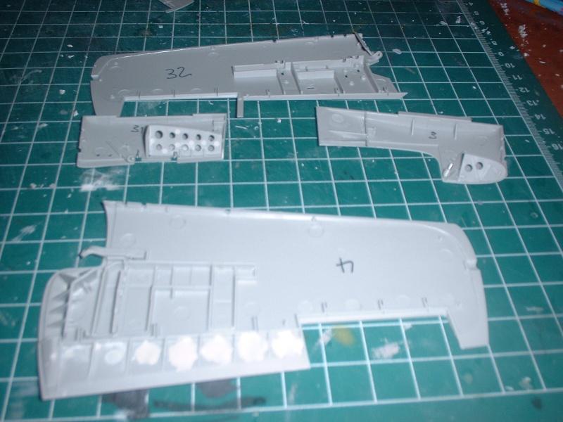 A double build: Grumman F4F-4 Wildcat (Trumpeter 1/32) and Grumman F4F-4/Martlet Mk. V (Revell 1/32) Dscf0014