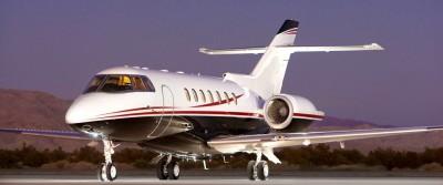 Arrivée du Jet Présidentiel Nadéen Jet_ar10