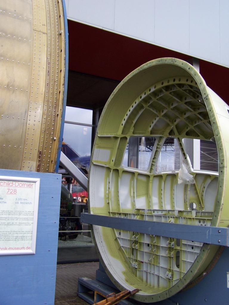 Neues im Technikmuseum Speyer ... - Seite 2 100_1821