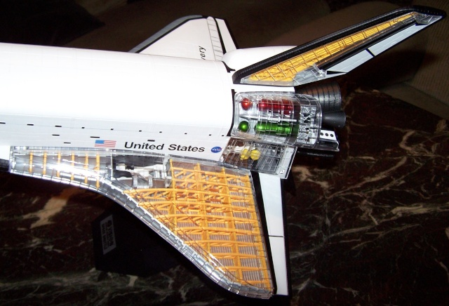 Space-Shuttle Cutaway Snap-Kit in 1:72. Der Zusammenbau. 100_1918