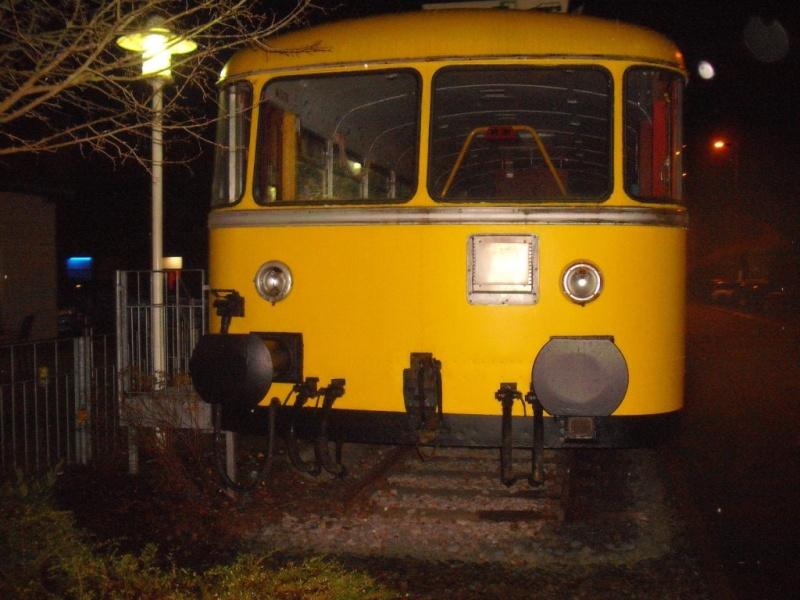 Schienentriebwagen auf Abwegen. Dscf3913