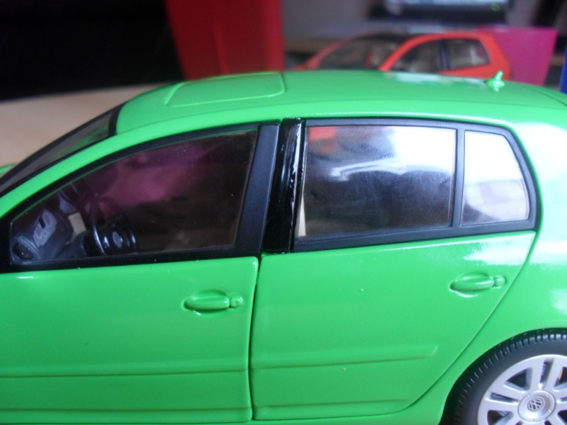 Bburago VW Golf 5 Sam_1132
