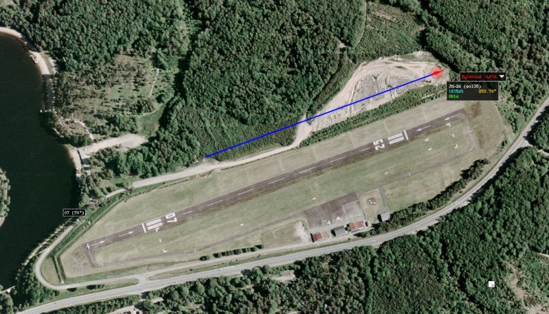 e002n45 LFDE Aérodrome d'Egletons Captur48
