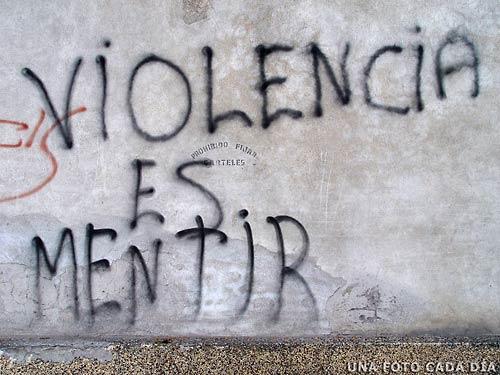 Violencia es mentir.. 14911610