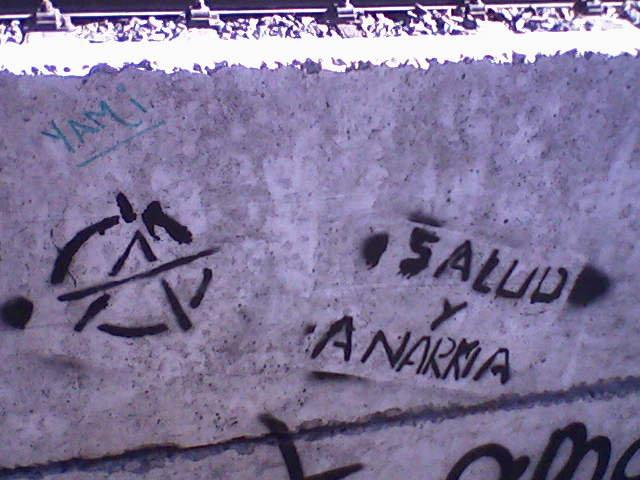 (A) Salud y anarkia! 34098_10