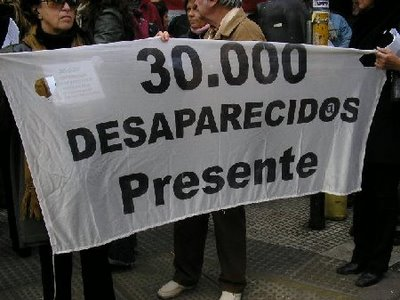 30.000 Desaparecid@s Presente! Desapa10