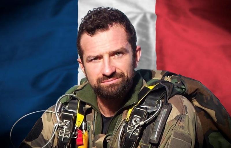 décés du sergent-chef Alexis GUARATO Captur11