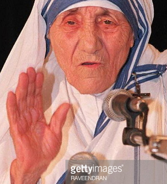 Mother Teresa's hands Mother12