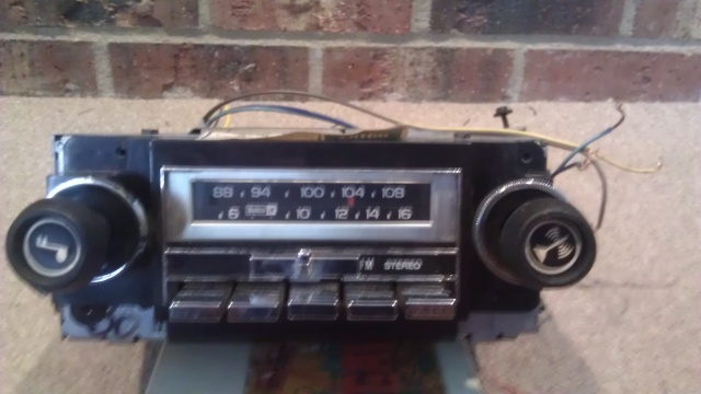 GM Delco AM/FM/8-Track For Sale Gmdelc11