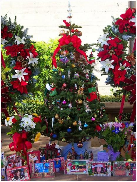 Forest Lawn selon les fêtes et recueillements des fans de Michael Noel-f10