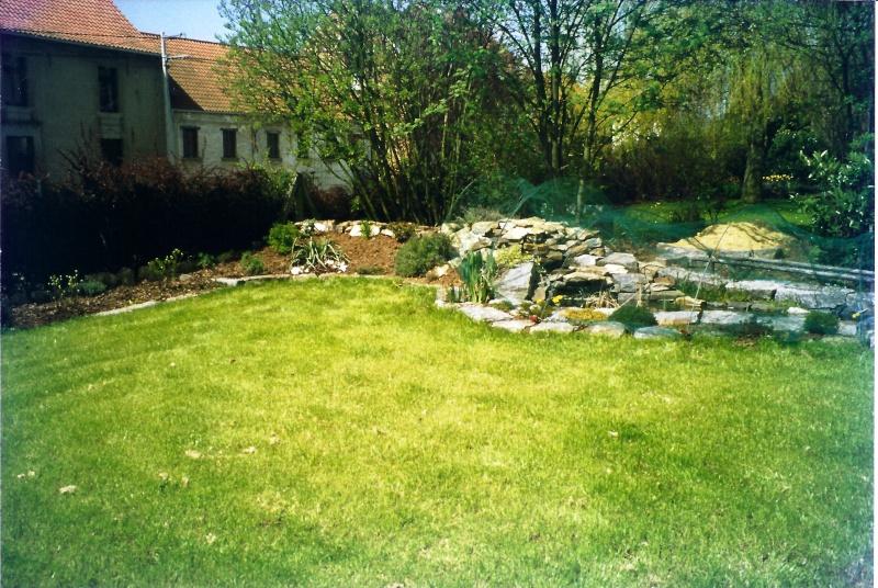 Un étang au jardin puis deux E_1210