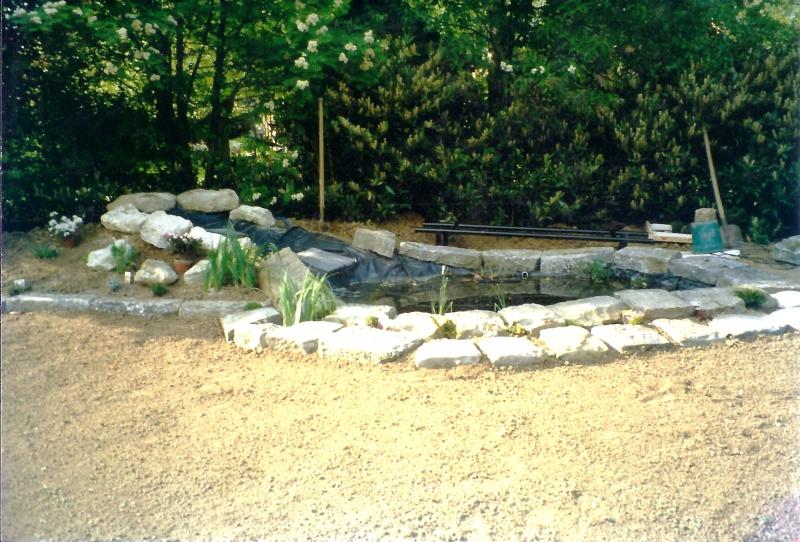 Un étang au jardin puis deux E_710