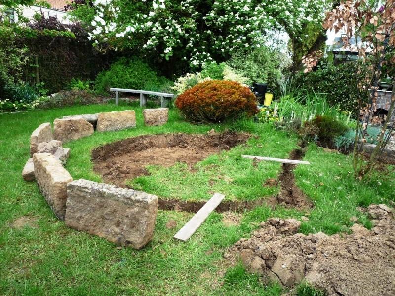Un étang au jardin puis deux Ea_110