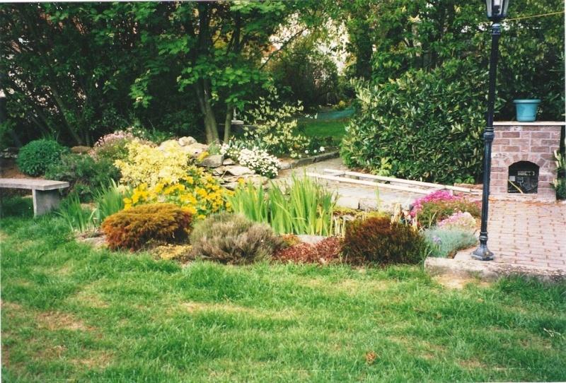 Un étang au jardin puis deux Et_411