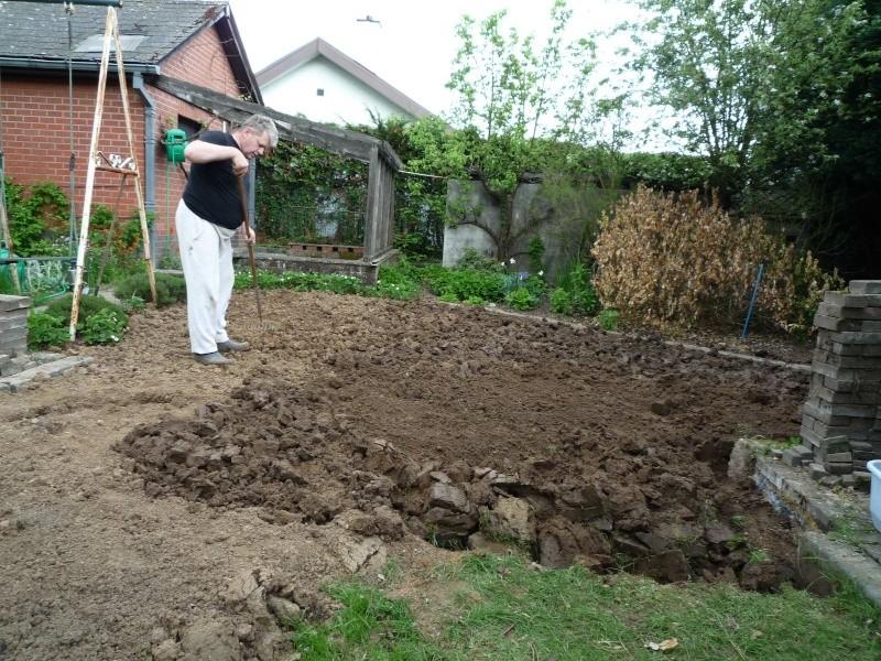 Un étang au jardin puis deux Et_412