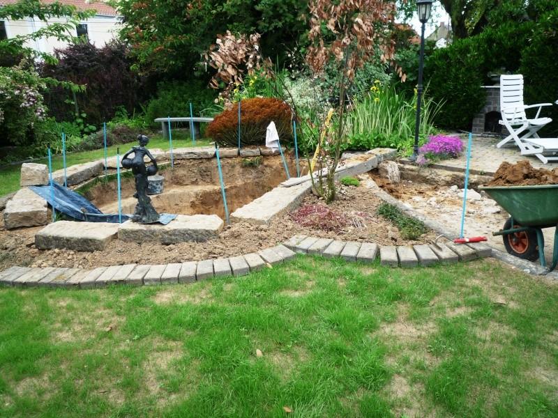 Un étang au jardin puis deux - Page 2 F12e10