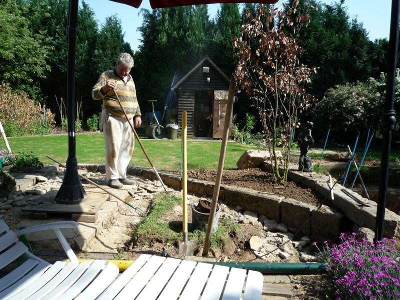 Un étang au jardin puis deux P1000110