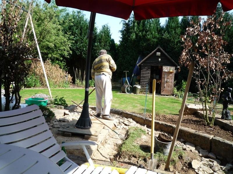 Un étang au jardin puis deux P1000111