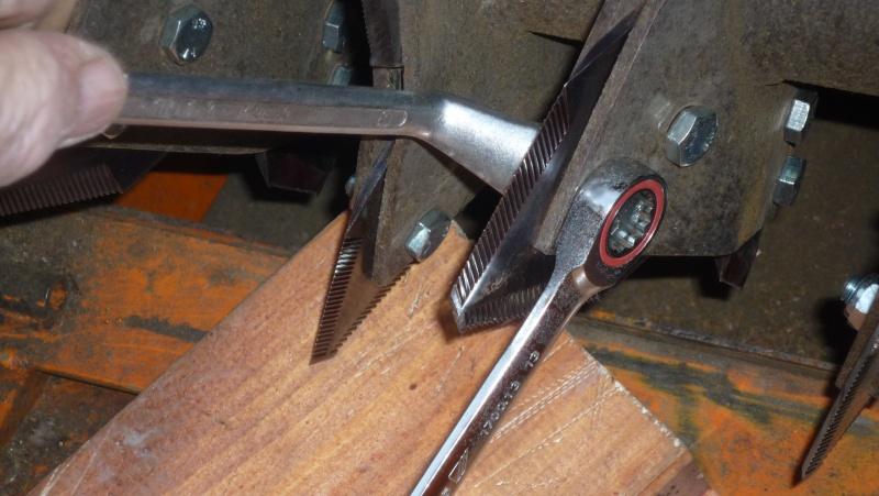 Remplacement de couteaux de broyeur P1030614