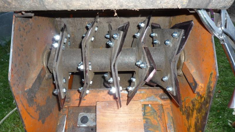 Remplacement de couteaux de broyeur P1030615