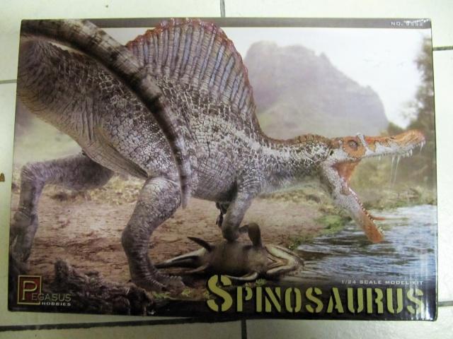 Kit Spinosaurus 1/24. Img_8310