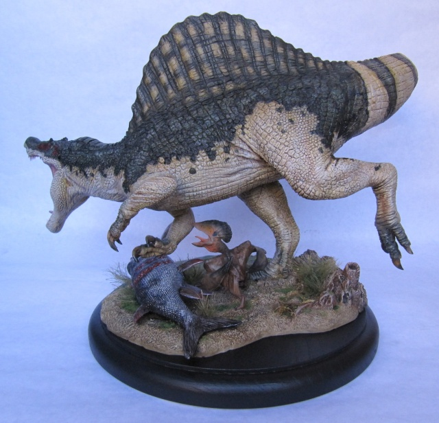 Kit Spinosaurus 1/24. Spino110