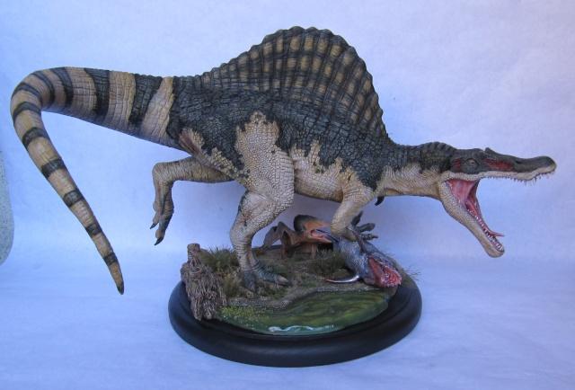Kit Spinosaurus 1/24. Spino210