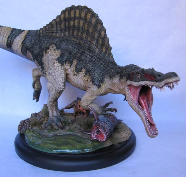Kit Spinosaurus 1/24. Spino410