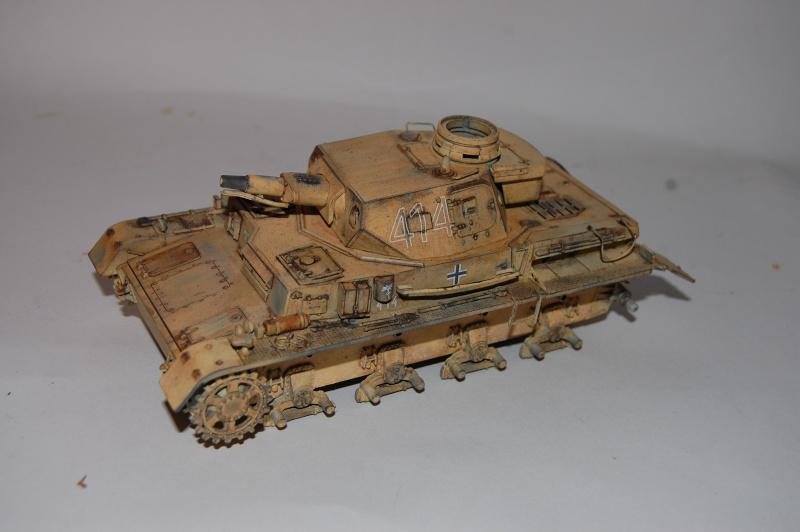 Panzer IV Africa Korps - Tamiya - 1/35 - Page 4 Dsc_6219