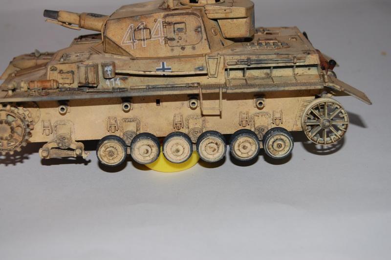 Panzer IV Africa Korps - Tamiya - 1/35 - Page 4 Dsc_6225