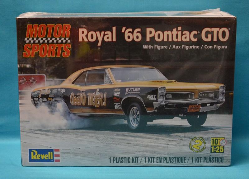"""#49 : Pontiac 66 """"street machine"""" 85-40310"""