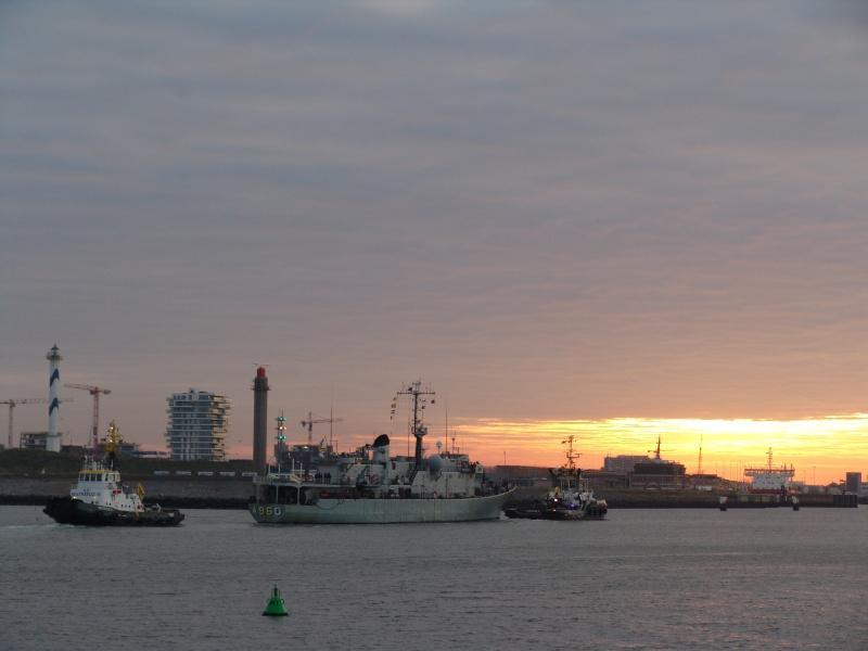 Le GODETIA sera à Ostende le 3/12/2015 - Page 3 Dsc00610
