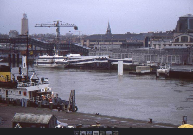 De quelle année est cette vue aérienne du port d'Ostende ??? Jetfoi10