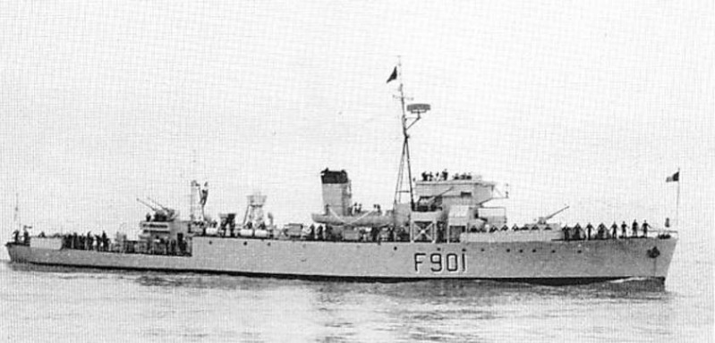 F901 Georges Lecointe (ex HMCS Wallaceburg) - Page 8 Lecoin12