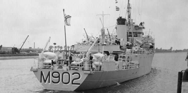 M902 J. E. Van Haverbeke (ex HMS Ready) - Page 4 M902_310
