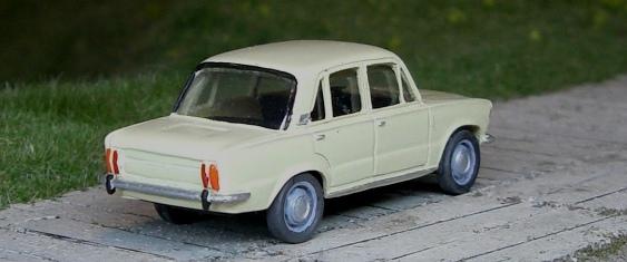Polski Fiat 125p Fiat_111