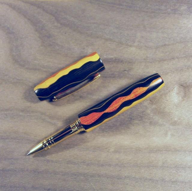 Festival de collages : stylos chantournés et segmentés Pa270010