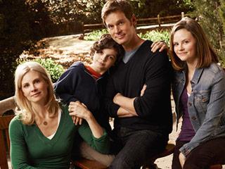 Parenthood: Meet the Braverman family!  Parent11