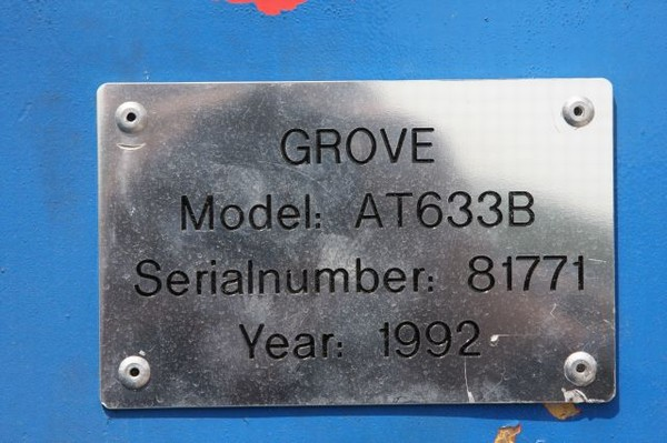 Grues GROVE - Page 3 Plaque10