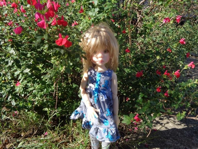 Camille, au soleil, dans une nouvelle tenue de Léoniepimpon Dsc01618