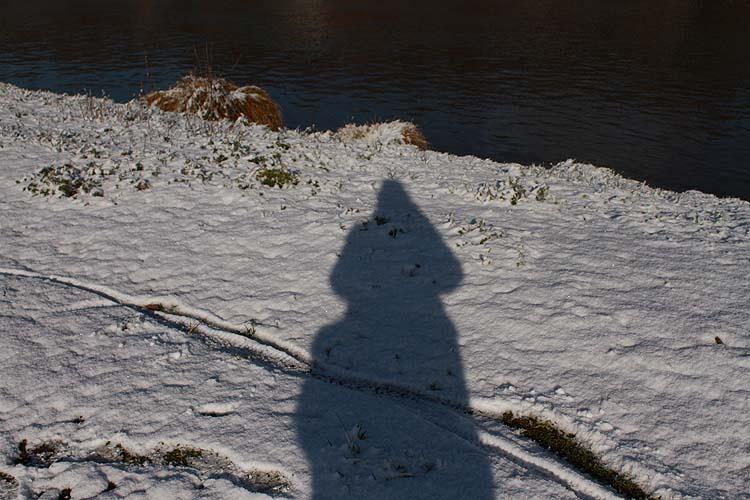 Je ne suis que l'ombre de moi-même !! - Page 5 Ombre_10