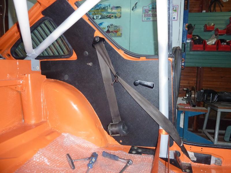 Position de l'enrouleur ceinture ar. P1030221