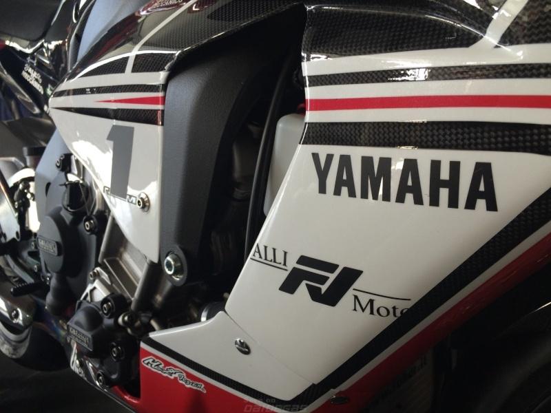 Yamaha R1 et R1M  Crossplane 2015 ( sujet numero3 ) - Page 3 Image69