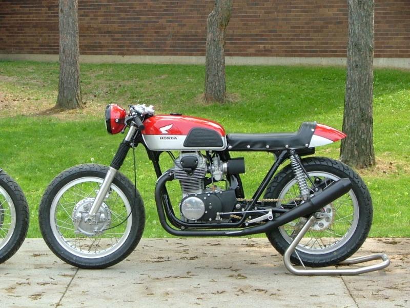 SPLENDIDE : 1972 Honda CB350K4 002310