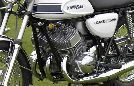 kawasaki 3 cylindres 2 temps Kawasa10